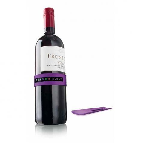 Der flexible Weinthermometer von Vacu Vin bestimmt die Temperatur Ihres Weines