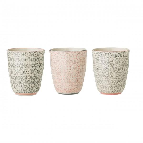 Dezente Farben, schönes Design: Porzellanbecher von Bloomingville