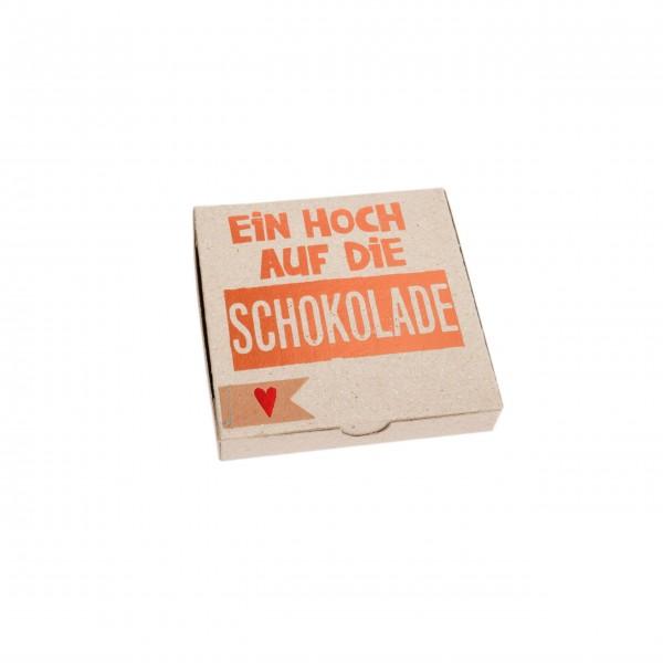 """Kartenbox """"Ein Hoch auf die Schokolade"""" von Good old friends."""